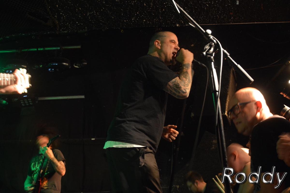 Philip-H-Anselmo-The-Illegals-c-Roddy-McCorley-06