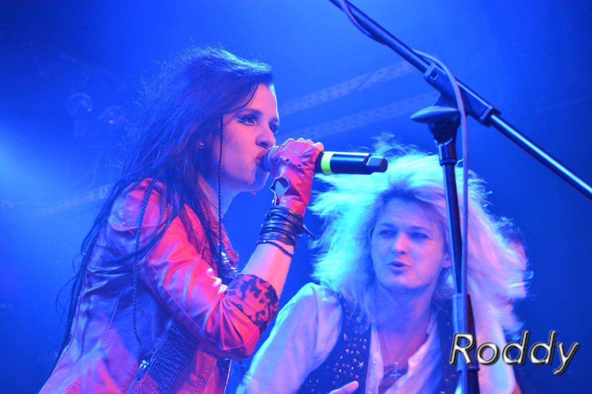 Kissin-Dynamite-c-Roddy-McCorley-29